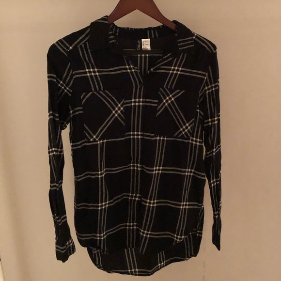 (3 for $40) black plaid button down